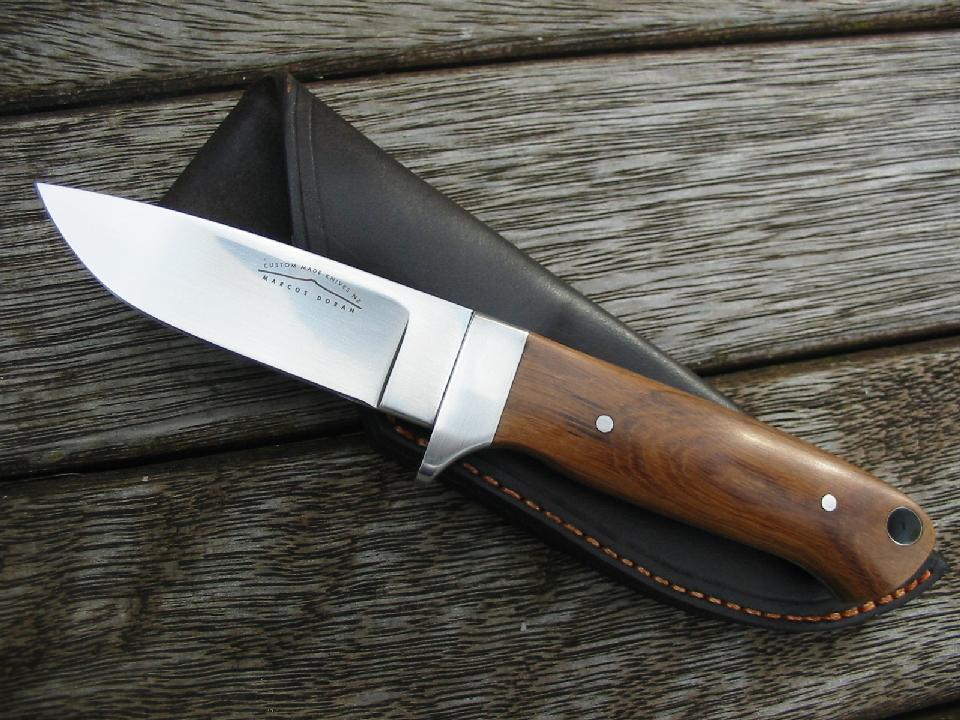customknifeworx/ hunting knives
